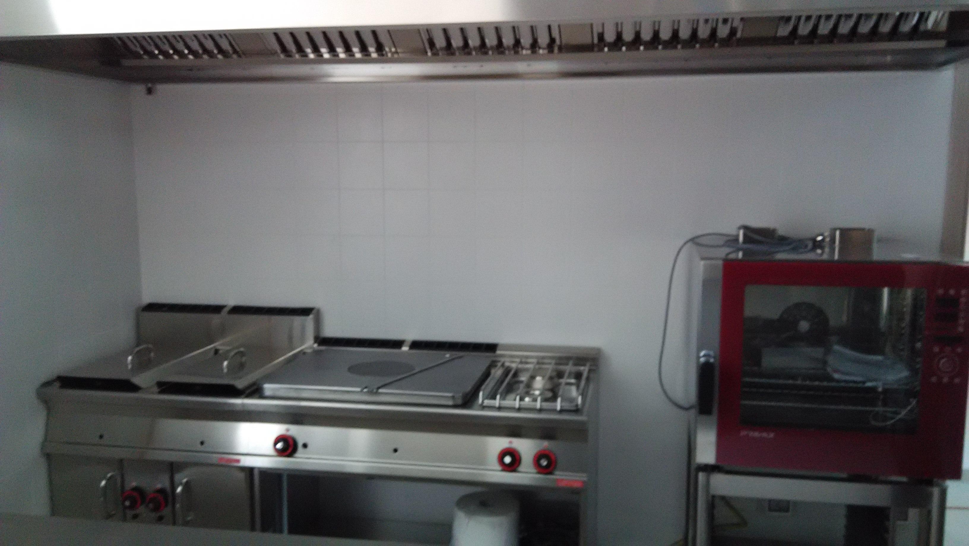 Montaggio assistenza impianti d aspirazione fumi cappe abbattitori di fuliggine - Cappa aspirante cucina senza canna fumaria ...